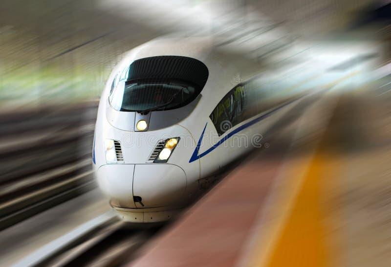 Hochgeschwindigkeitszug von China stockfoto