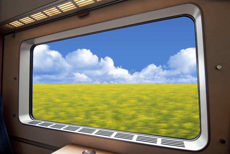 Hochgeschwindigkeitszugfenster stockfotografie
