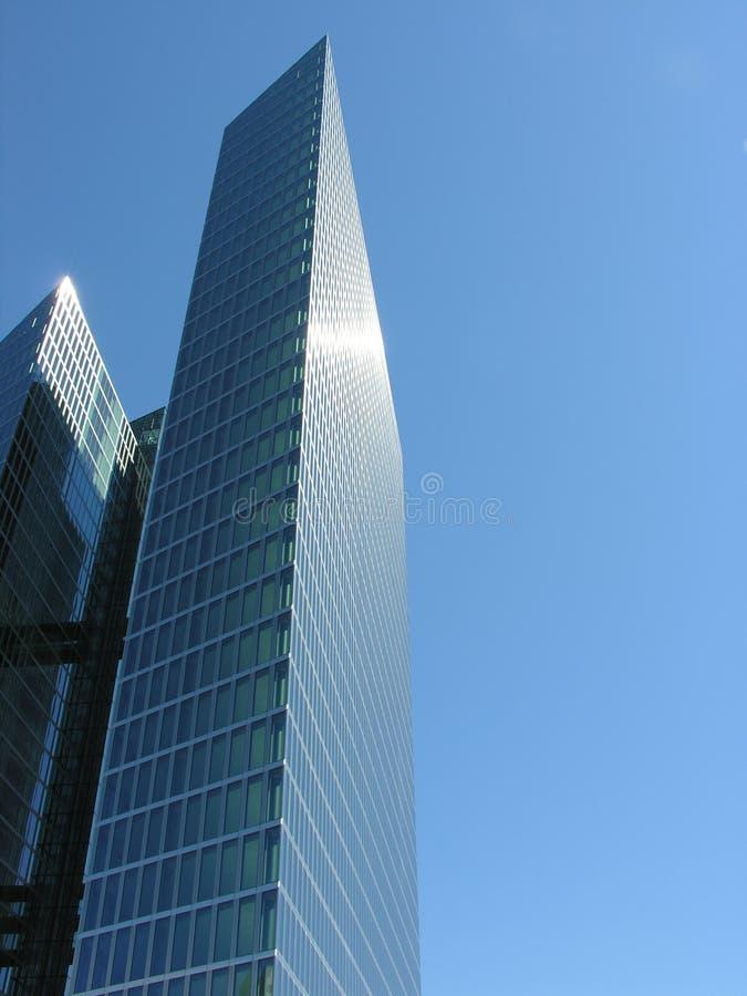 Hochhauskontrollturm stockfotos