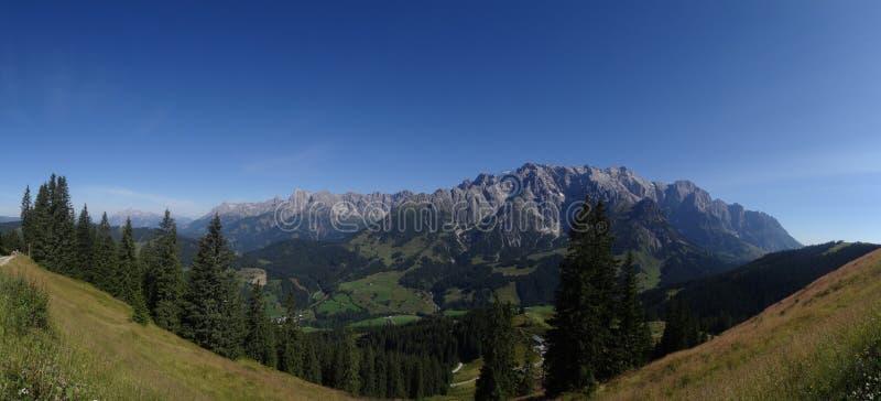 Hochkoenig Berchtesgadener fjälläng, Österrike royaltyfria bilder