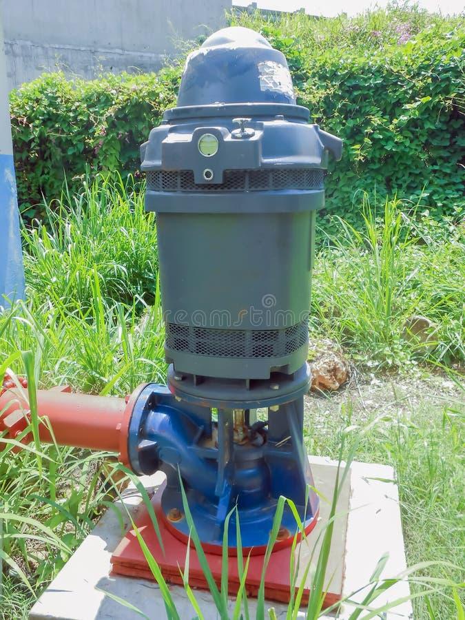 Hochleistungswasser-Pumpe stockfotografie