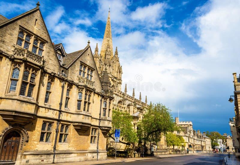 Hochschulkirche von St Mary die Jungfrau in Oxford lizenzfreie stockbilder
