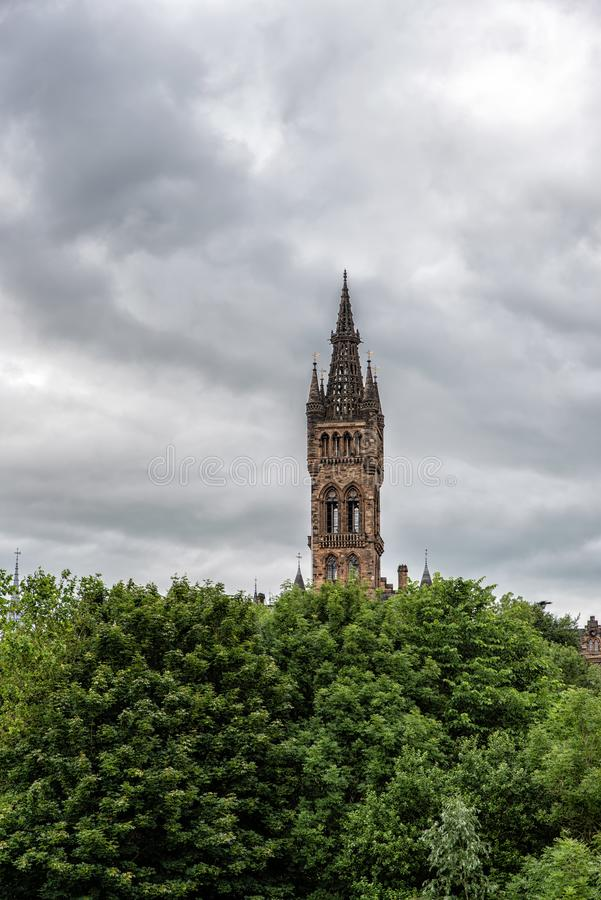Hochschulturm Glasgow lizenzfreie stockbilder