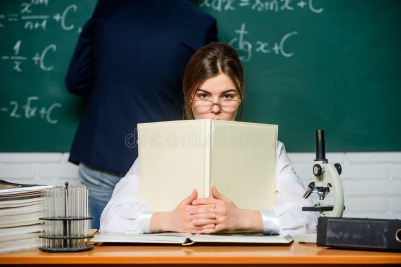 Junger High-School-Lehrer