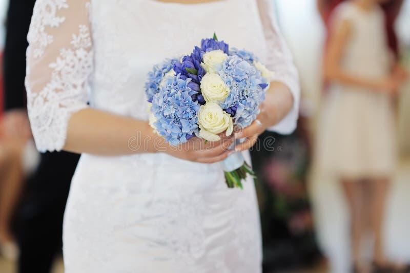 Hochzeit blüht Blumenstrauß lizenzfreie stockbilder