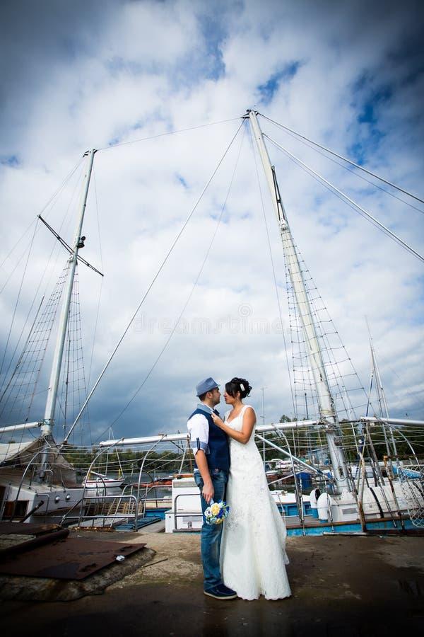 Hochzeit, Dock, Yacht stockfotografie