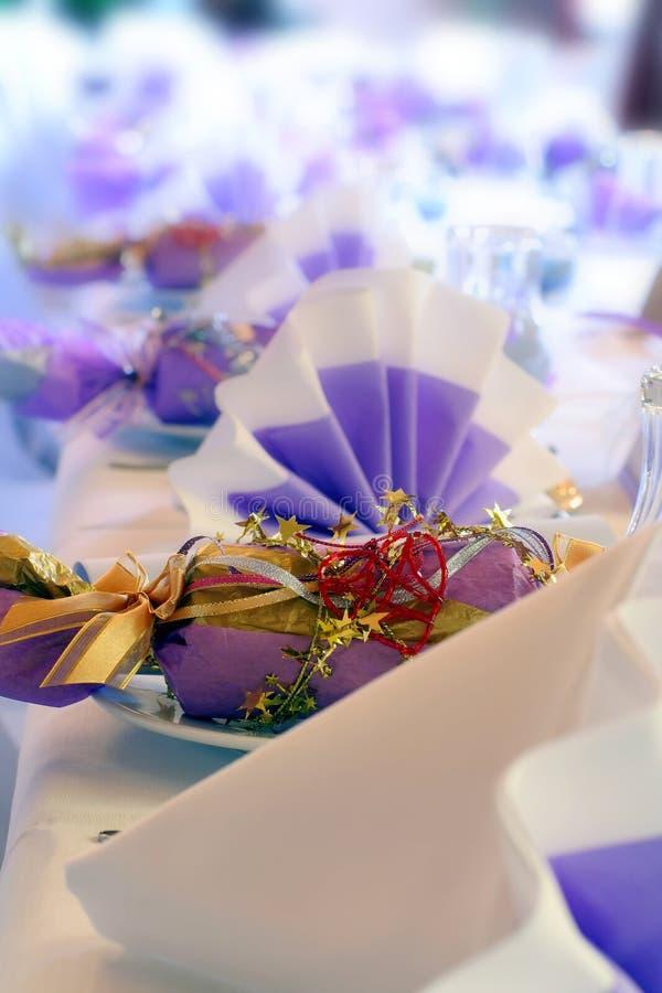 Hochzeit oder Geburtstagbonbon oder -cracker lizenzfreie stockbilder