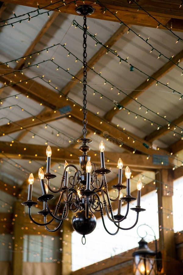 Hochzeits-Dekor-Leuchter stockfotografie