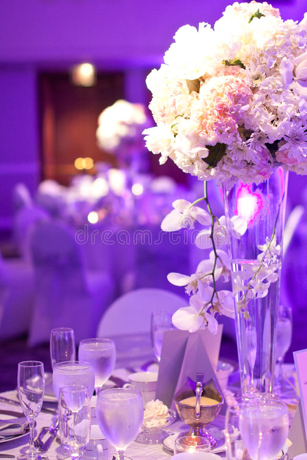 Hochzeits-Tabelle lizenzfreie stockfotografie
