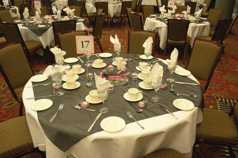 Hochzeits-Tabellen-Einstellungen stockfotos