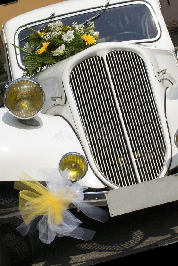 Hochzeitsauto lizenzfreie stockbilder