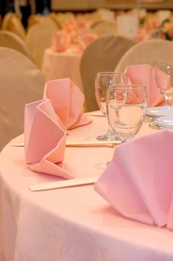 Hochzeitsbanketttabellendetails lizenzfreie stockfotografie