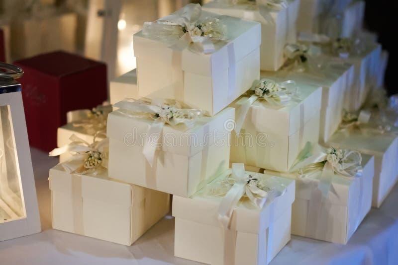 Hochzeitsbevorzugungen für Gast stockbild