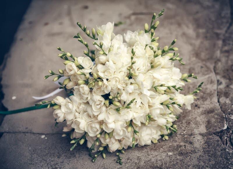 Hochzeitsblumenstrauß der Braut stockbilder