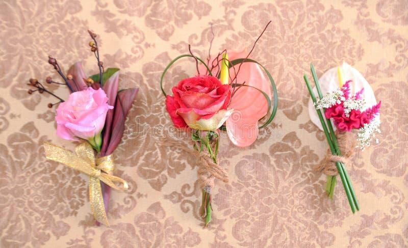 Hochzeitscorsagen für Hochzeitstag stockbild