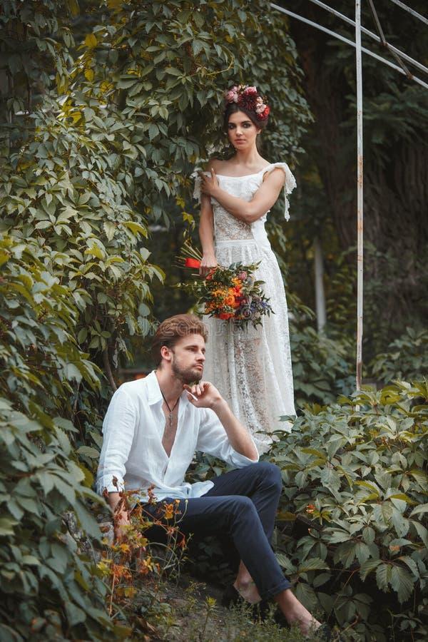 Download Hochzeitsdekoration Im Garten Stockbild - Bild von hippie, schönheit: 96929551