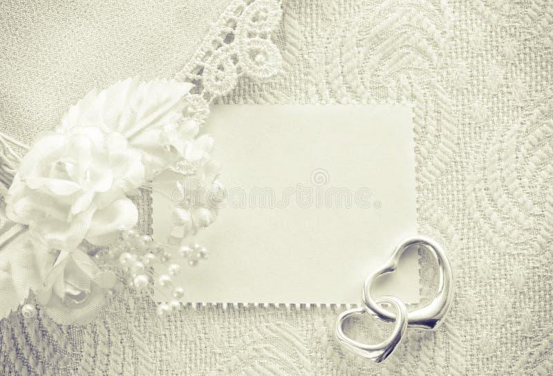 Hochzeitseinladung, Valentinstagkonzept, einfarbige Karte stockbild