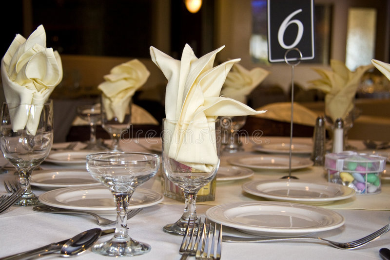 Hochzeitsempfangtabelle   lizenzfreie stockfotografie