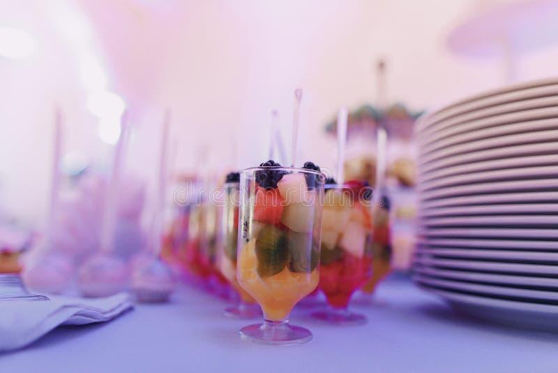 Hochzeitslebensmittel stockfotografie