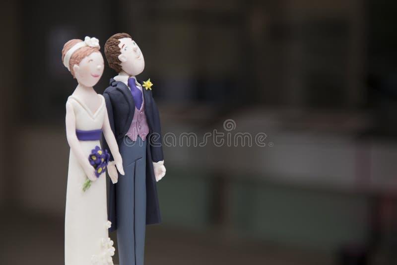 Hochzeitspaarfigürchen stockbilder