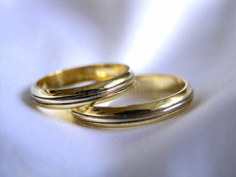 Hochzeitsringe stockbilder