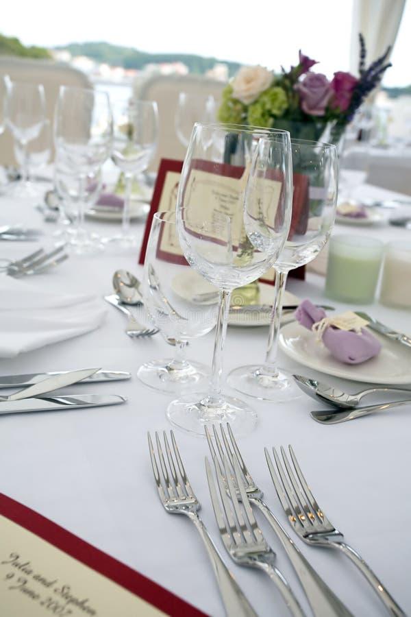 Hochzeitstabelleneinstellung lizenzfreie stockfotos
