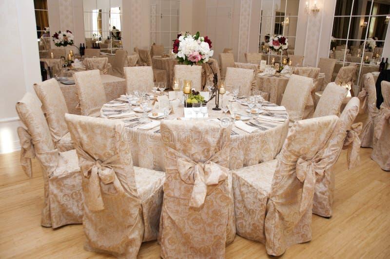 Hochzeitstafel-Anordnung stockfotografie