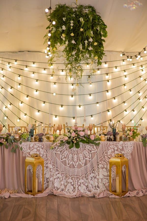 Hochzeitstafeldekoration für eine Hochzeit stockfoto