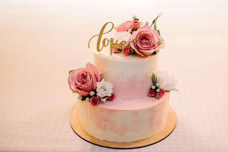 Hochzeitstorte, Kuchen für eine Hochzeit stockfotografie