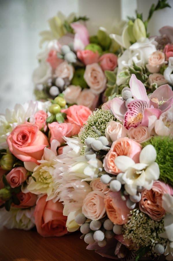 Hochzeitszeremonieblumen stockfotos
