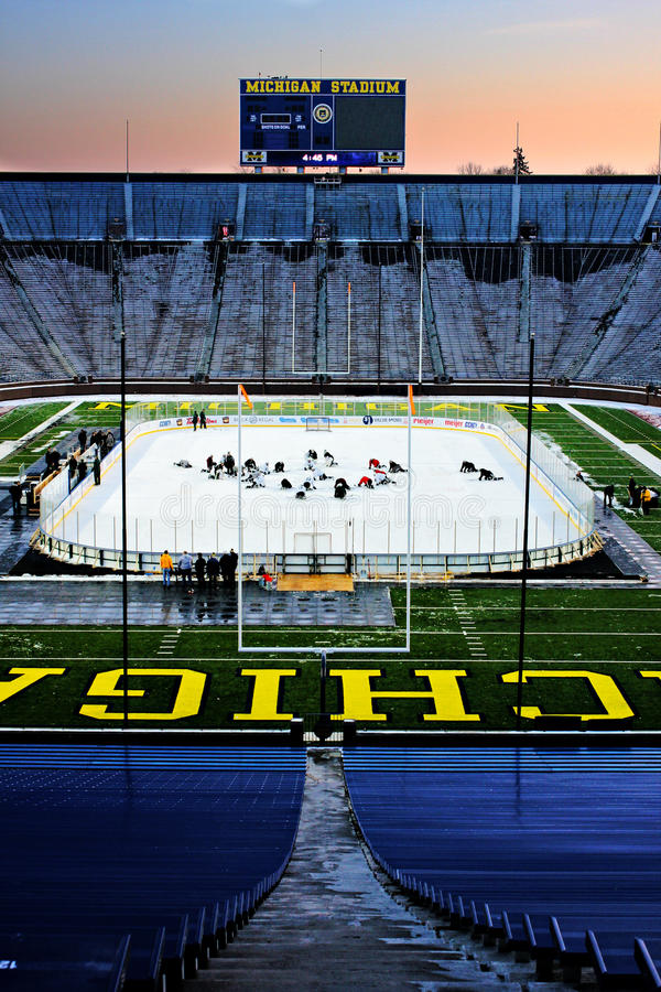 Practice before The Big Chill at the Big House. Michigan State practices at Michigan Stadium the evening before The Big Chill at the Big House outdoor hockey royalty free stock images