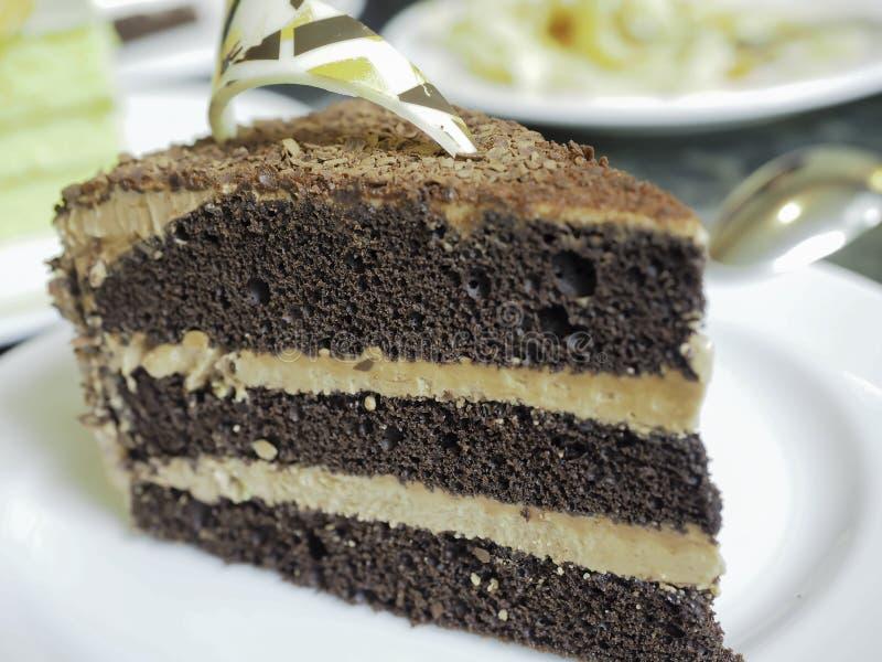 Hoe te om Chocoladecake te maken royalty-vrije stock afbeeldingen