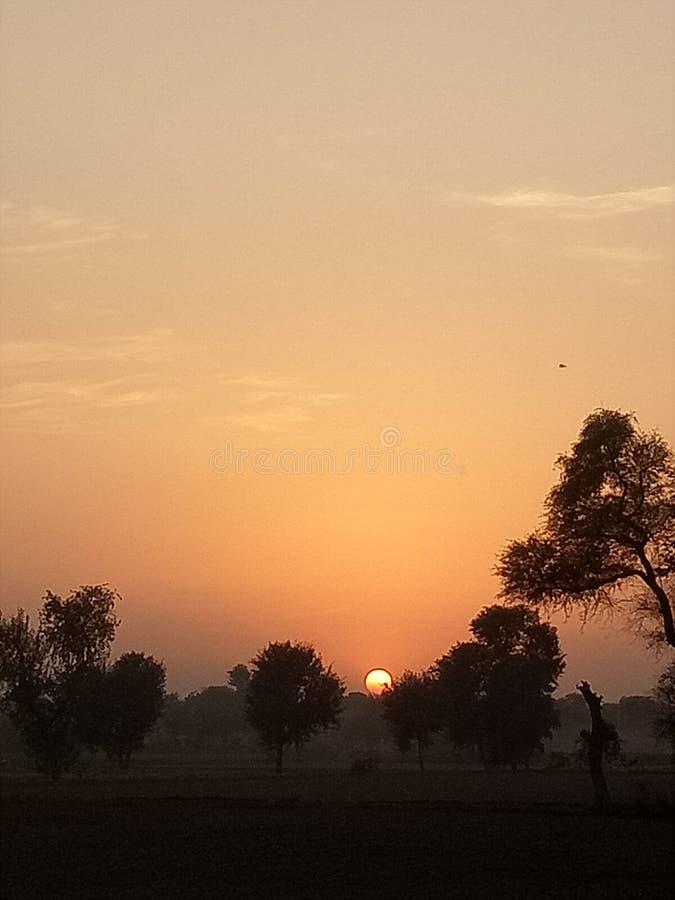 Hoe zou u een Zonsondergang beschrijven? stock foto