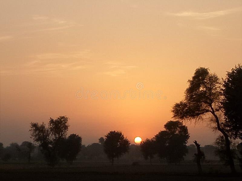 Hoe zou u een Zonsondergang beschrijven? royalty-vrije stock foto's