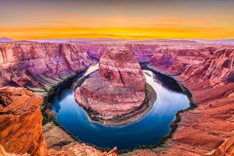 Hoefijzer kromming op de Rivier van Colorado stock afbeelding