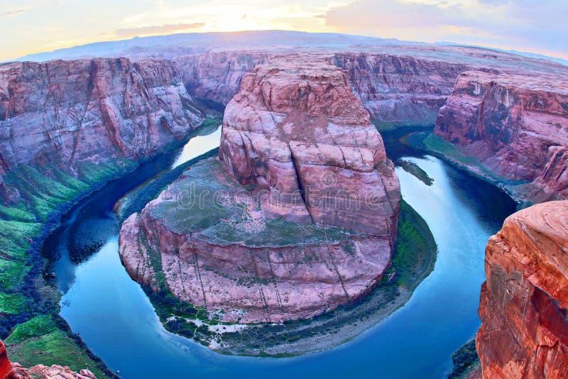 Hoefijzerkromming van de rivier van Colorado na zonsondergang royalty-vrije stock foto's