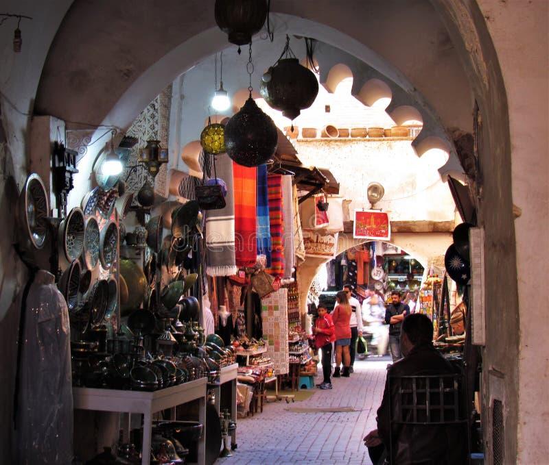 Hoeken in de Straten van LD Medina in Marrakech in Marokko stock afbeeldingen