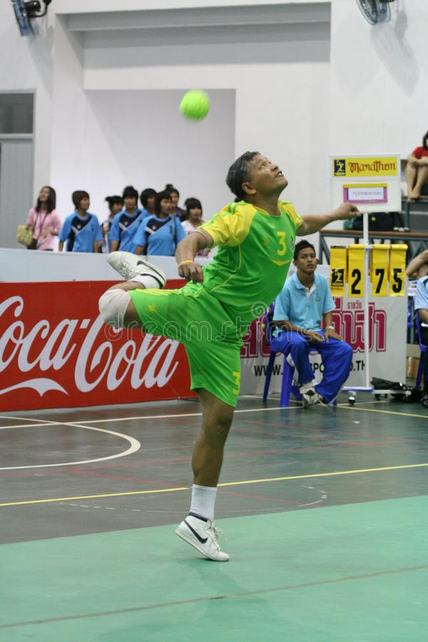 Hoepel Takraw: Chonburigame Thailand royalty-vrije stock afbeeldingen