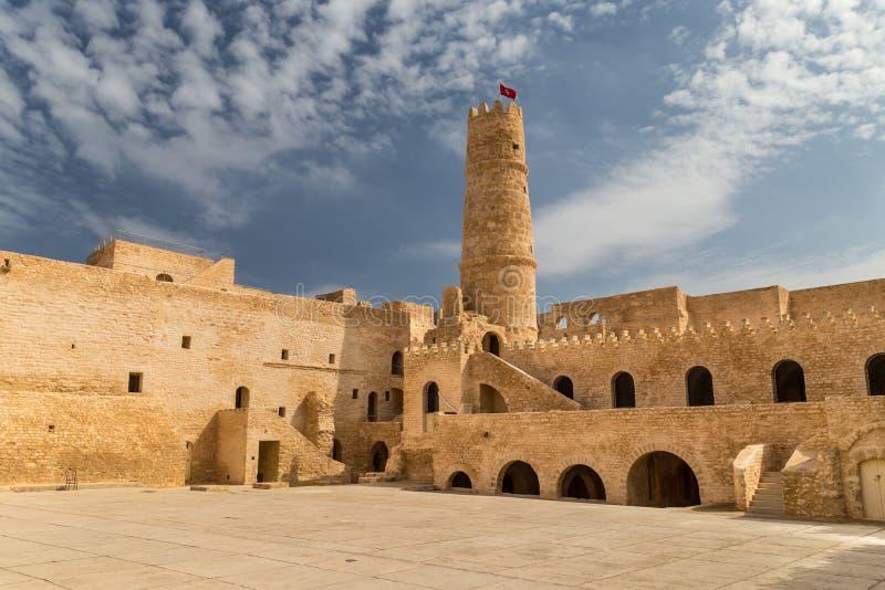 Hof einer Festung lizenzfreies stockfoto