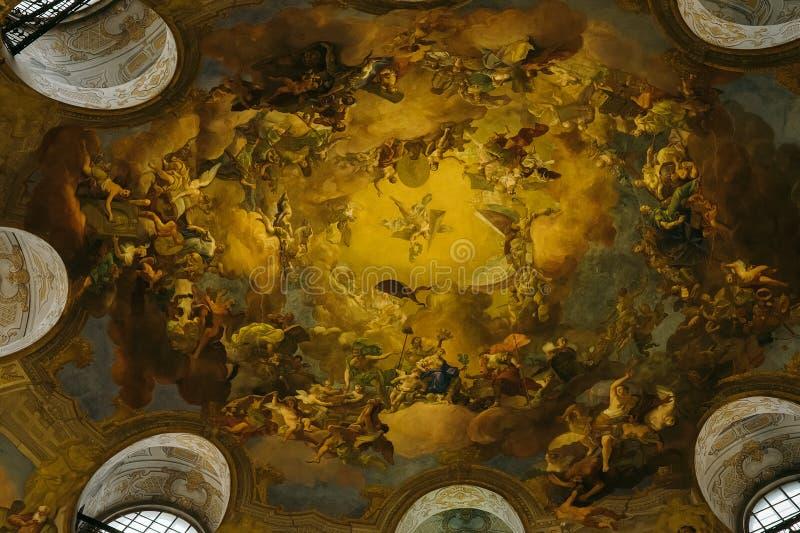 Hofburg-Bibliotheksdecke lizenzfreies stockfoto