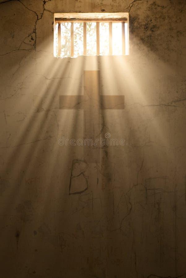 Hoffnung oder Freiheit durch Kreuz von crist stockbilder