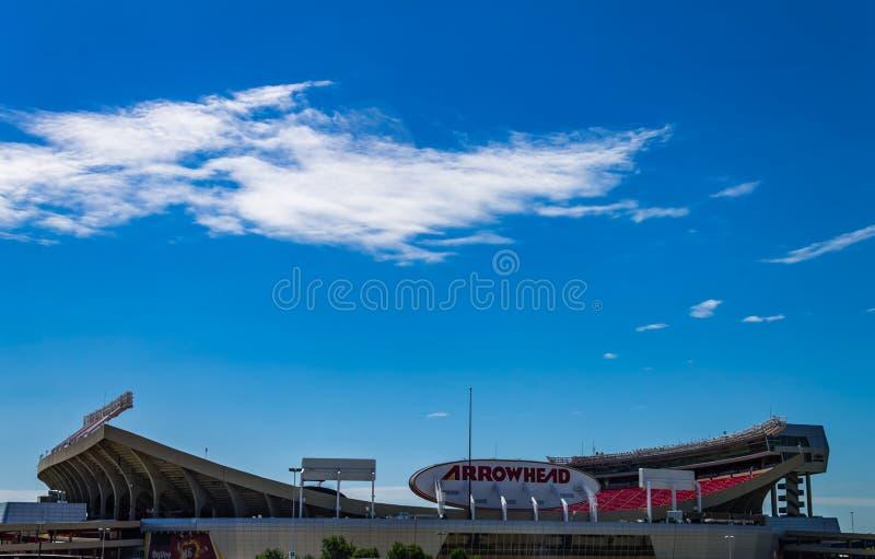 Hogar del estadio de la punta de flecha de los jefes de Kansas City fotografía de archivo
