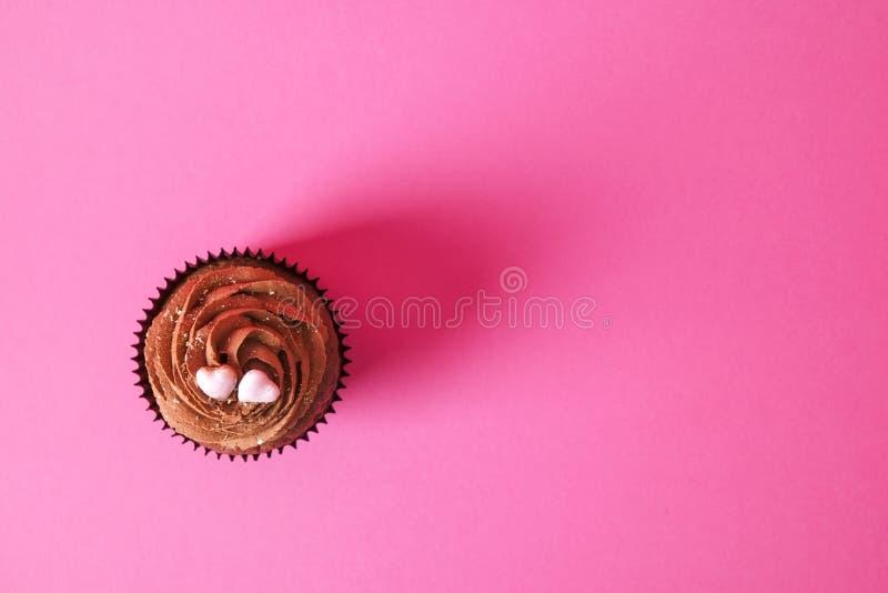Hogar sabroso hecho dulces cocidos del mollete del cumpleaños Productos deliciosos de la panadería malos para la figura Dulces ma foto de archivo libre de regalías