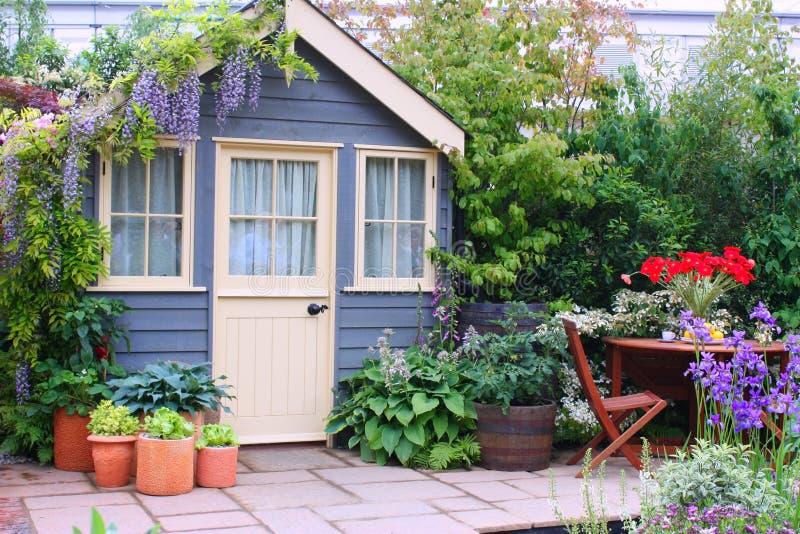 Hogar y jardín imagen de archivo