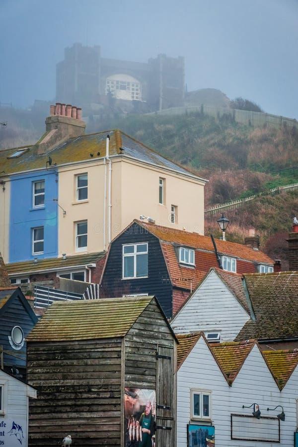 Hogares coloridos en Hastings imagenes de archivo