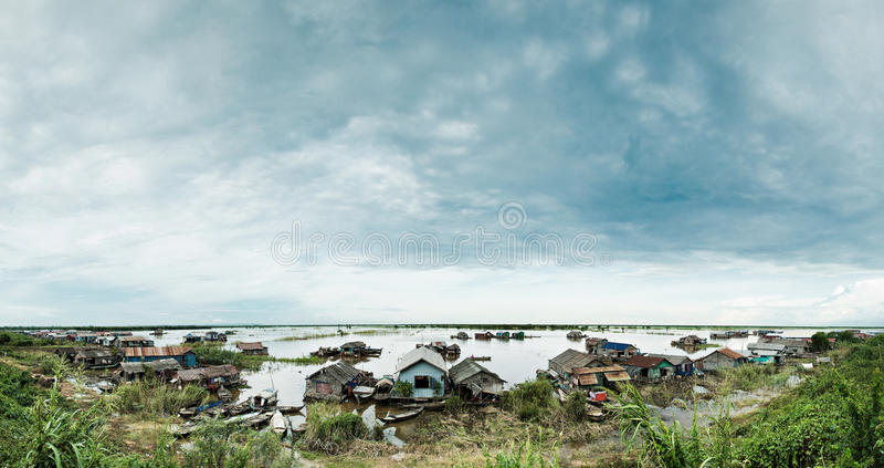 Hogares flotantes Camboya fotografía de archivo