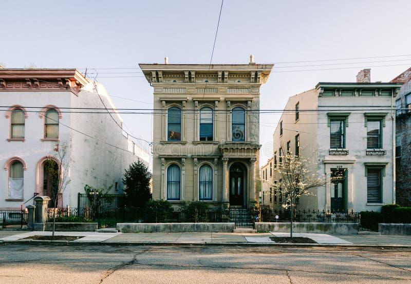 Hogares históricos, Dayton Street en Cincinnati imagen de archivo libre de regalías