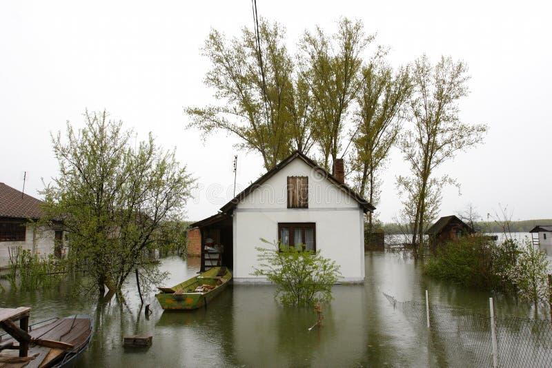 Hogares inundados imágenes de archivo libres de regalías