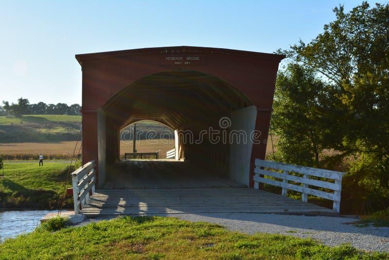 Hogback täckt bro 2 arkivbild