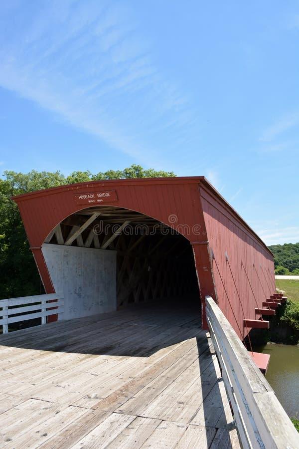 Hogback Zakrywał Bridżową północ Winterset, Iowa fotografia royalty free